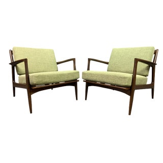 Vintage Mid Century Kofod Larsen for Selig Danish Modern Lounge Chairs- a Pair For Sale