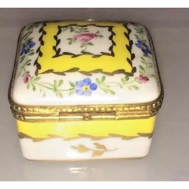 Vintage Limoges Yellow & White Floral Box For Sale In Boston - Image 6 of 13