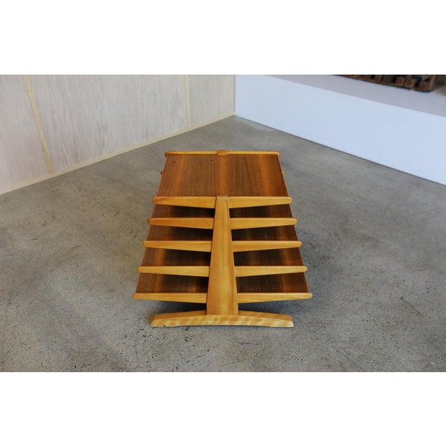 Mid-Century Modern Edward Wormley for Dunbar Magazine Tree For Sale In Los Angeles - Image 6 of 10