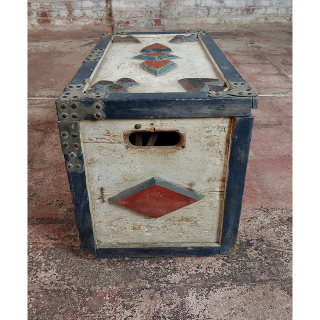 Americana 19th Century Americana Painted Trunk For Sale - Image 3 of 10