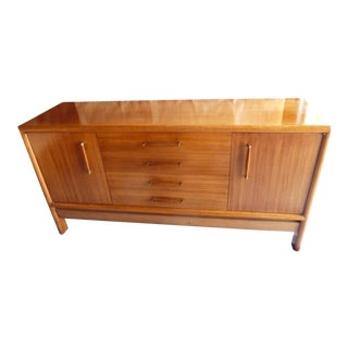 Mid-Century Brown Saltman Buffet/Credenza For Sale