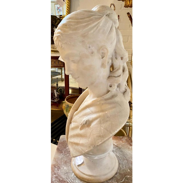Alabaster Bust of Young Lady and a Bird, 19th-20th Century For Sale - Image 10 of 13