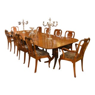 Antique English Mahogany George III Table with Three Leaves