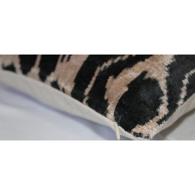 Contemporary Silk Velvet Ikat Pillow Cover Bohemian Pillow For Sale - Image 4 of 5
