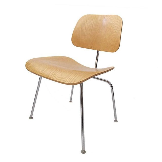 Herman Miller Charles Eames DCM Bent Plywood & Steel Chair for Herman Miller in White Ash For Sale - Image 4 of 6