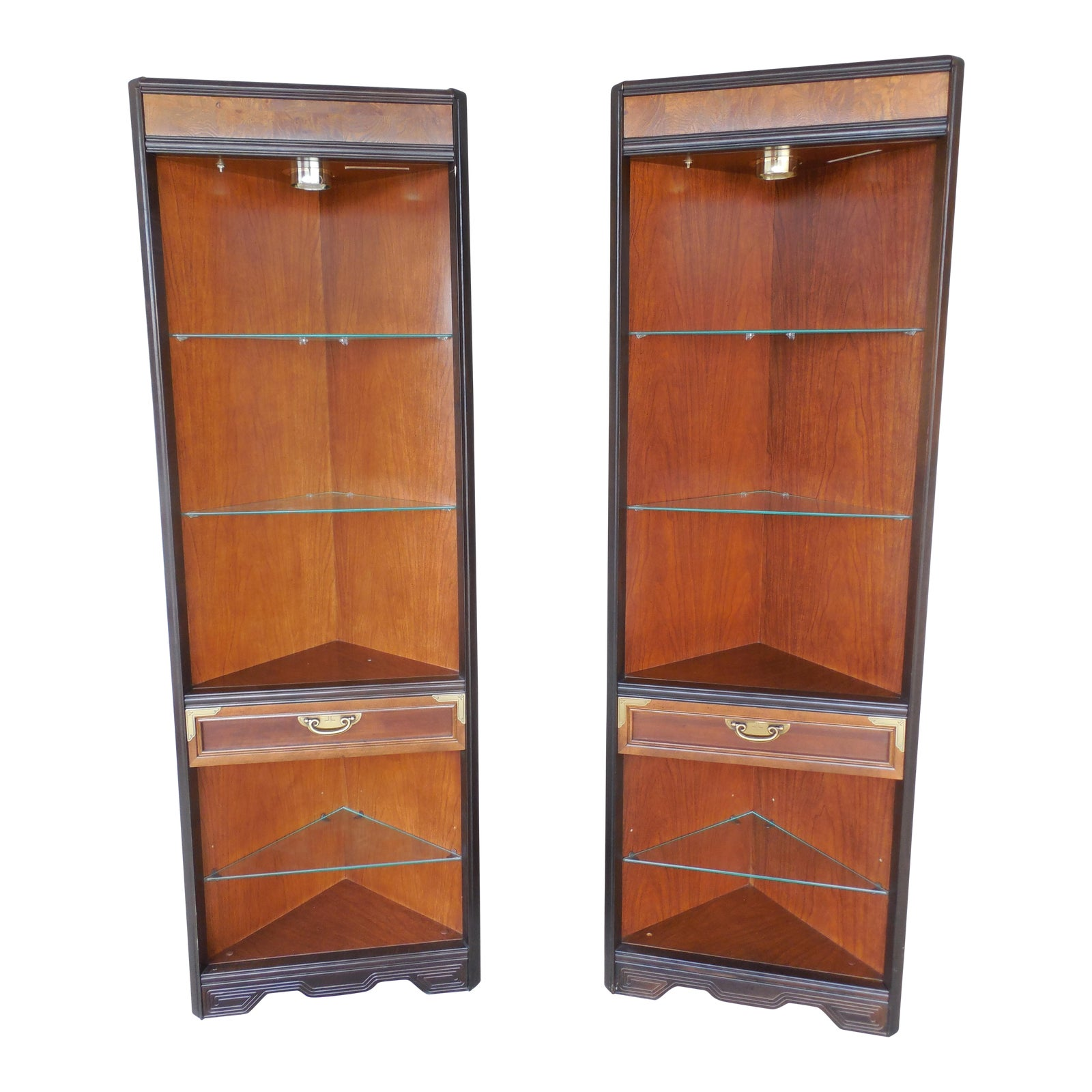 Broyhill Premier Ming Dynasty Style Lighted Corner Cabinets A Pair Chairish