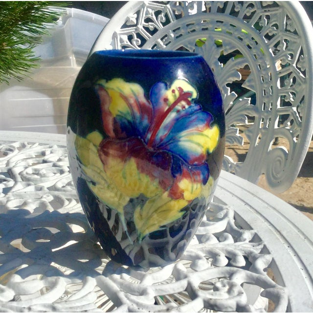 Early English Moorcroft Hibiscus on cobalt ground. Vibrant colors and is in mint condition.