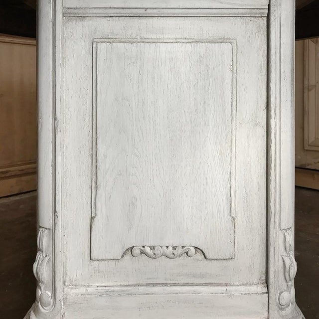 19th Century French Louis XVI Painted Pedestal Table For Sale - Image 9 of 13