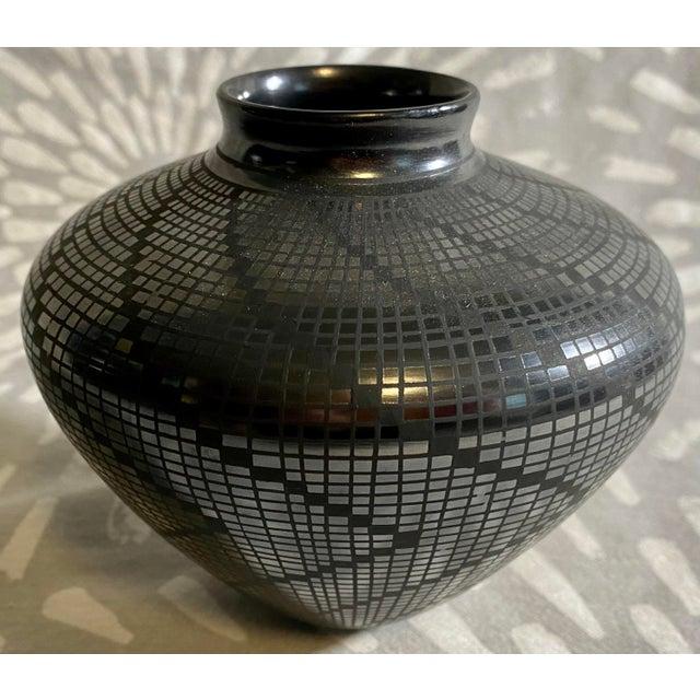 Mexican 1950s Carolina Marin Gonzalez Black on Black Studio Pottery Vase For Sale - Image 3 of 11