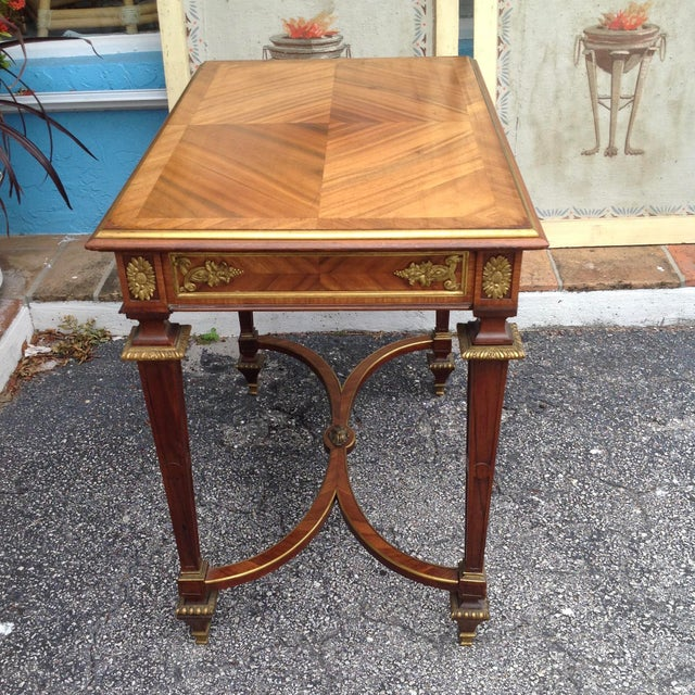1900 - 1909 Fine French Ladies Writing Table For Sale - Image 5 of 13