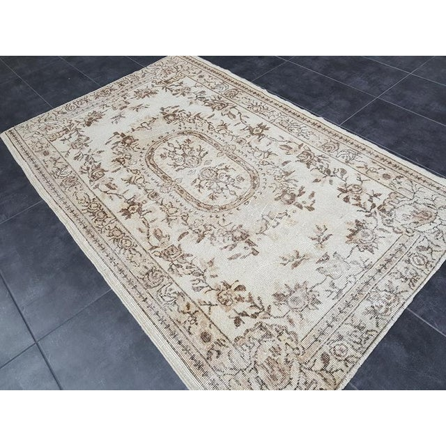 Textile Vintage Oushak Traditional Handmade Area Rug- 3′10″ × 6′7″ For Sale - Image 7 of 11