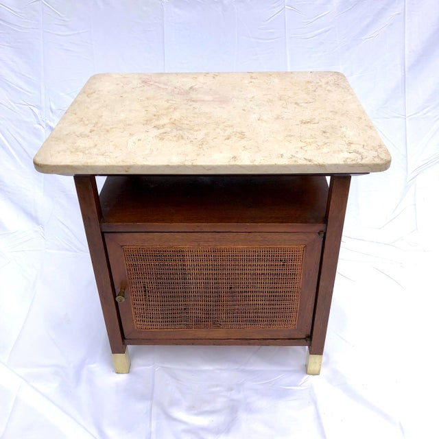 Awesome Side table / cabinet that is very much in the manner of a Paul McCobb design but this piece is unsigned. Top is...