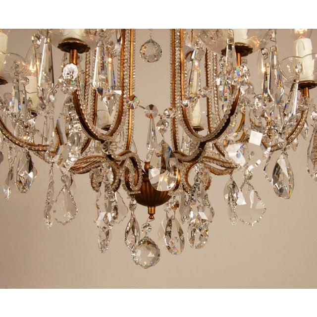 1970s Mid-Century Hollywood Regency Italian Design Crystal Beaded Chandelier For Sale - Image 6 of 13