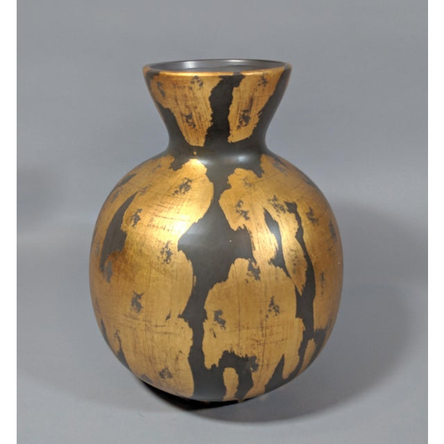 Early 21st Century Regency Gold Leaf and Charcoal Gray Vase - Large For Sale - Image 5 of 9