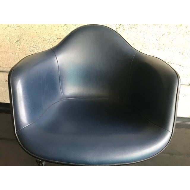 This is a Herman Miller Chair, I believe from 1972 production year.