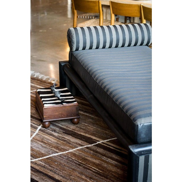 Fendi Daybed Chaise, Black Leather and Fendi Stripe, Italy, 1980s For Sale - Image 9 of 13