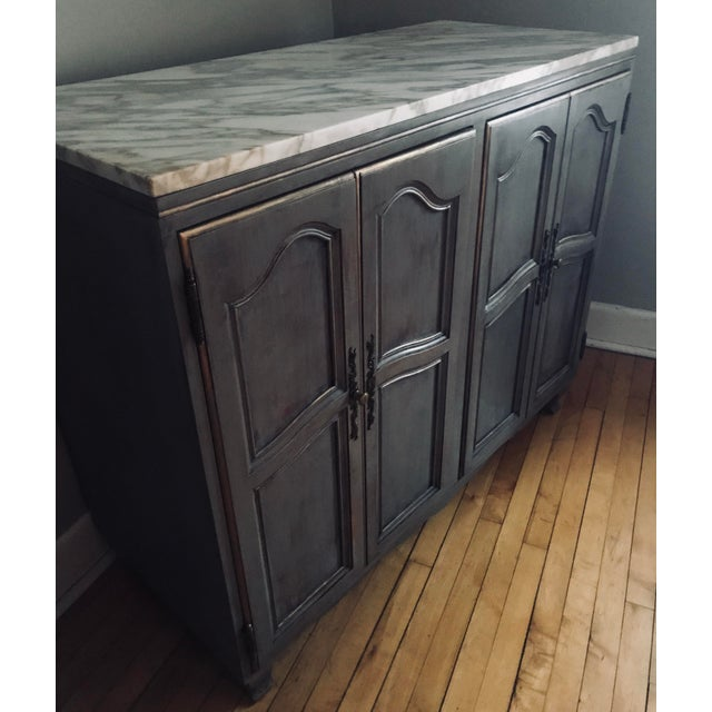 1980s Baker Large Gray Bachelor's Chest For Sale In Chicago - Image 6 of 13