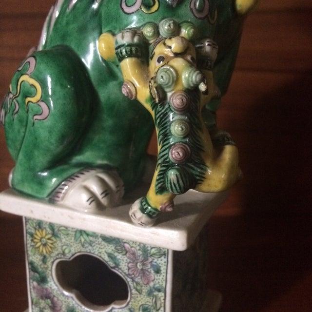 Famille-Verte Porcelain Foo Dogs - Pair For Sale - Image 5 of 9