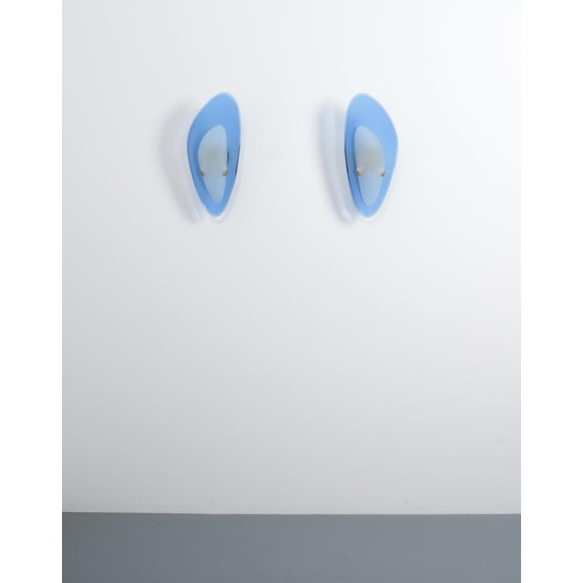 Pair of Max Ingrand Fontana Arte Blue Glass Sconces Wall Lamps, Italy, 1960 For Sale - Image 6 of 13