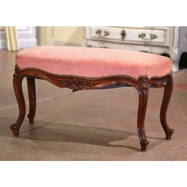 Midcentury French Louis XV Carved Walnut and Velvet Bombe and Curved Bench For Sale - Image 9 of 9