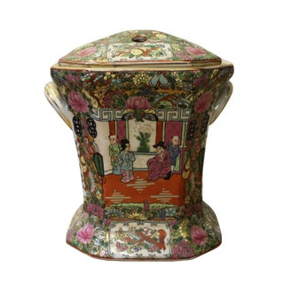 Chinese Oriental Porcelain People Scenery Container Box For Sale