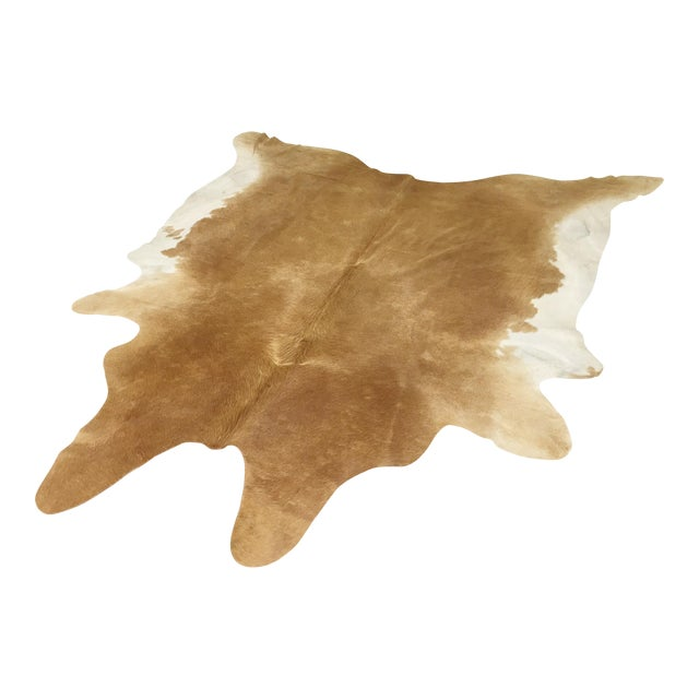 Palomino & White Cowhide - 7′4″ × 7′9″ For Sale