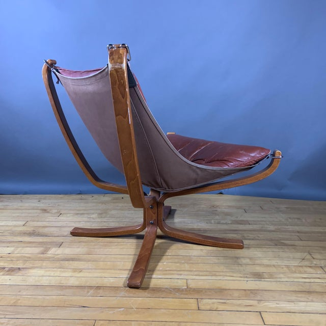"""Sigurd Ressell Low Back """"Falcon"""" Chair, 1970s, Norway For Sale - Image 9 of 11"""