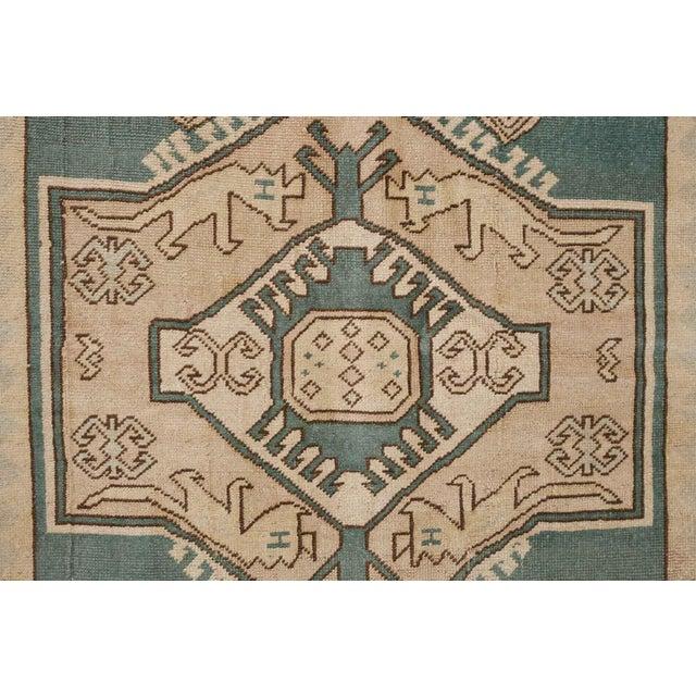 Late 20th Century Vintage Erdemir Turkish Wool Rug - 5′9″ × 8′ For Sale - Image 5 of 9