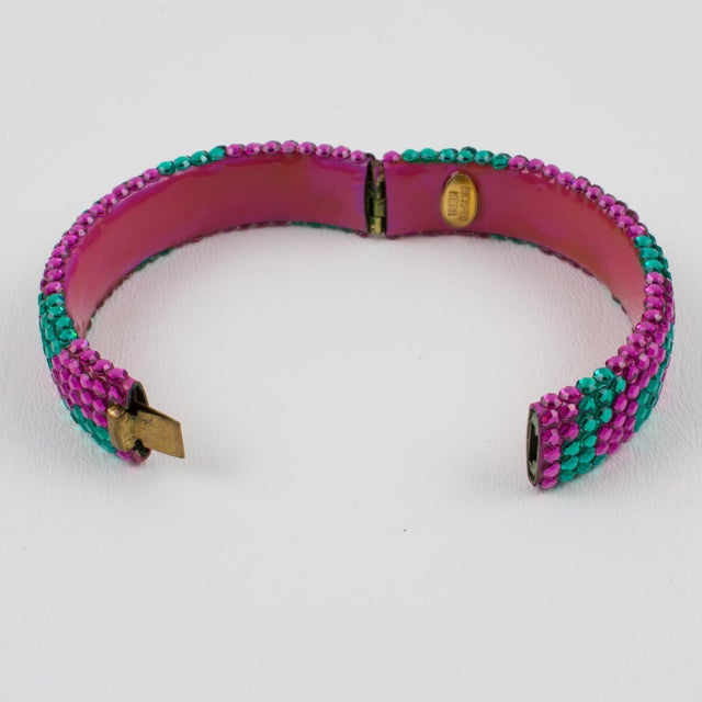 1980s Richard Kerr Pink Turquoise Jeweled Clamper Bracelet For Sale - Image 5 of 8