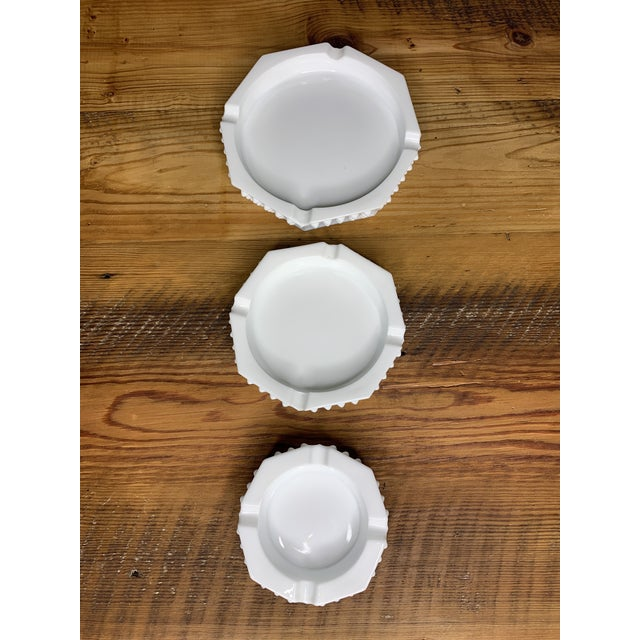 Hobnail Geometric Ashtray Bowls - Set of 3 For Sale - Image 10 of 11