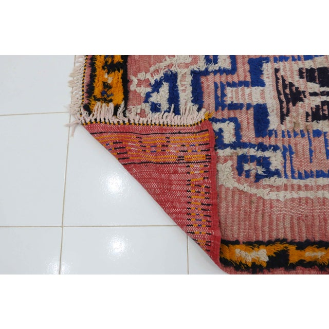 1970s Vintage Moroccan Boujad Rug - 3′4″ × 5′7″ For Sale - Image 4 of 5