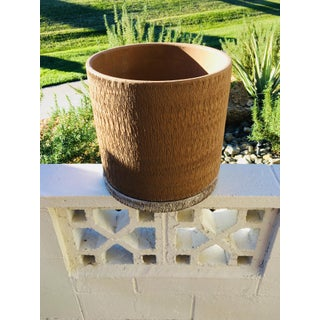 Vintage Mid Century Modern Gainey Ceramics Sgraffito Architectural Pottery Scratch Planter Preview
