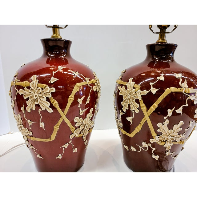 Chinoiserie 1960s Moriage Bamboo Lamps With Linen Shades- a Pair For Sale - Image 3 of 13