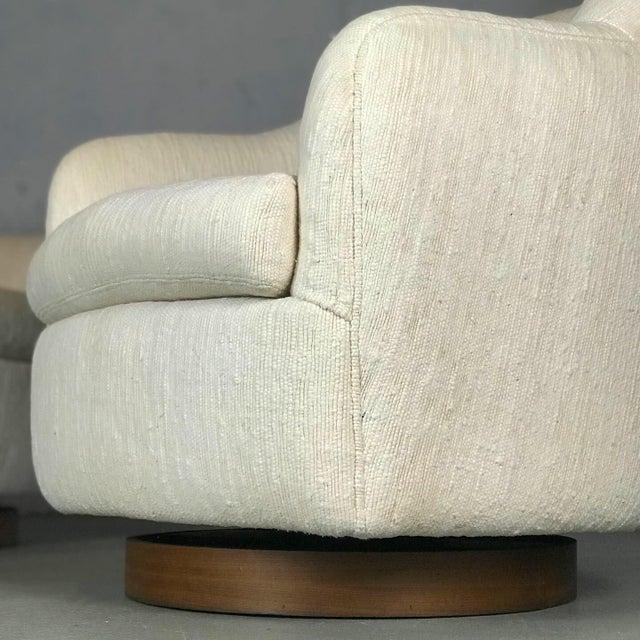 Milo Baughman for Thayer Coggin Designer Swivel and Tilt Lounge Chairs by Milo Baughman for Thayer Coggin For Sale - Image 4 of 11