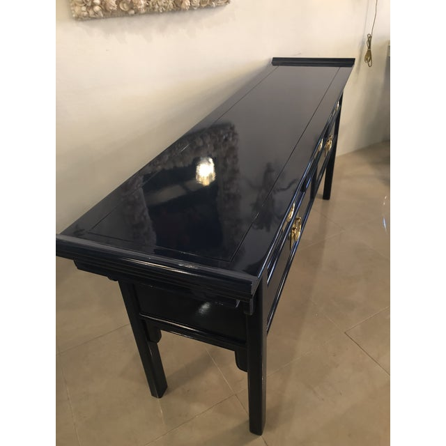 Vintage Century Furntiure Pagoda Navy Blue Lacquered Brass Hardware Console Table For Sale - Image 9 of 11