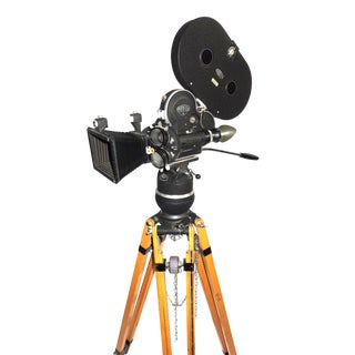 Arriflex Early 16mm Motion Picture Camera. Pristine Factory Correct Tripod. ON SALE For Sale