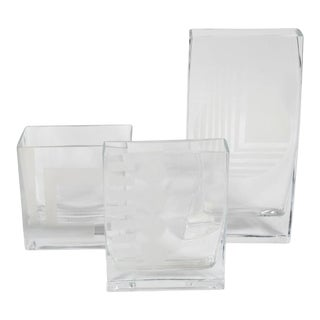 Mid Century Glass Vases with Etched Design in Graduated Sizes - Set of 3 For Sale