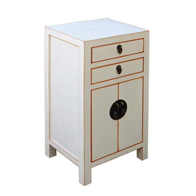 Chinese Off White Lacquer Side End Table Nightstand For Sale - Image 4 of 6