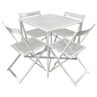 Five-Piece Patio Dining Set in White For Sale