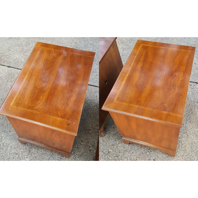 Henredon Vintage Henredon Chippendale Style Banded Walnut Nightstands-A Pair For Sale - Image 4 of 13