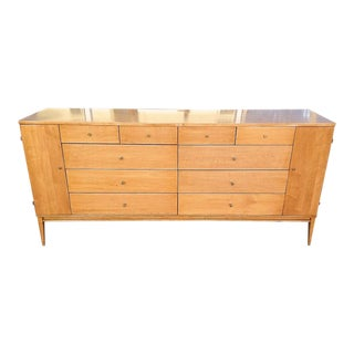 Paul McCobb 20-Drawer Maple Dresser For Sale