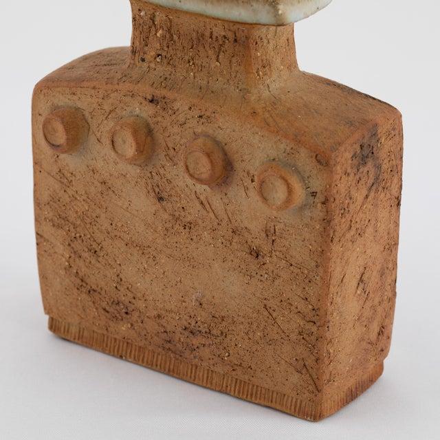 White Curt Magnus Addin Stoneware Vase With Cream-Glaze Top, Circa 1970s For Sale - Image 8 of 11