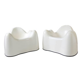 1960s Mid-Century Modern Wendell Castle Molar Chairs - a Pair For Sale