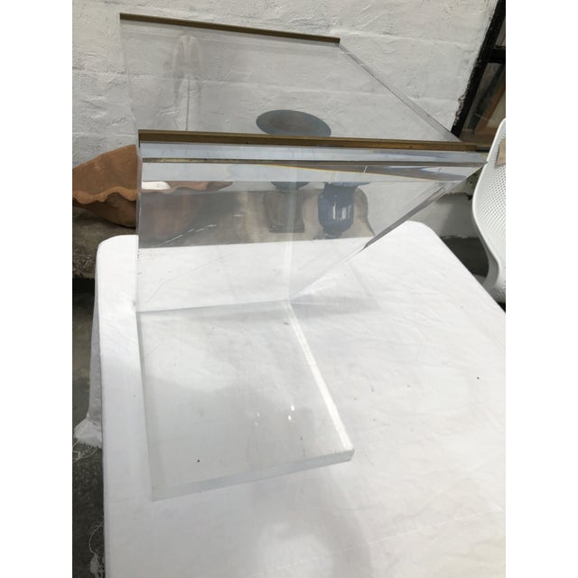 Modern Lucite Z Drinks Table With Brass Detail For Sale - Image 3 of 13