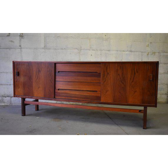 Nils Jonsson Mid Century Modern Rosewood Credenza by Nils Jonsson for Troeds For Sale - Image 4 of 10
