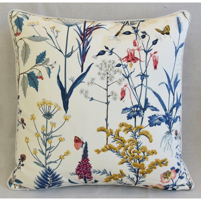 Custom-tailored pillow in a vintage wildflower print fabric. Backed in vintage 100% Belgian linen fabric in a neutral...