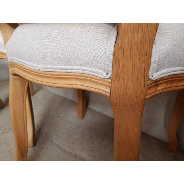 Early 20th Century Set of 8 Louis XV French Natural Oak Dining Chairs Upholstered in Belgian Linen For Sale - Image 5 of 13