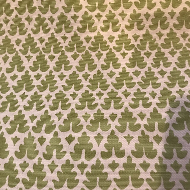 Quadrille Volpi Linen Apple Fabric 1 1/2 Yards For Sale