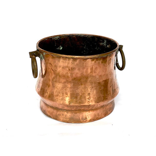 Cottage 1940s Country Hammered Copper Cache Pot Planter For Sale - Image 3 of 11