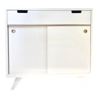 Mid-Century Bi-Pass Door White & Gold Bar Cabinet For Sale